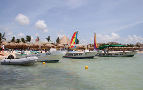 picture of the Scuba Libre boats in Playa del Carmen