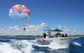 picture of parasailing with Scuba Libre in Playa del Carmen, Mexico